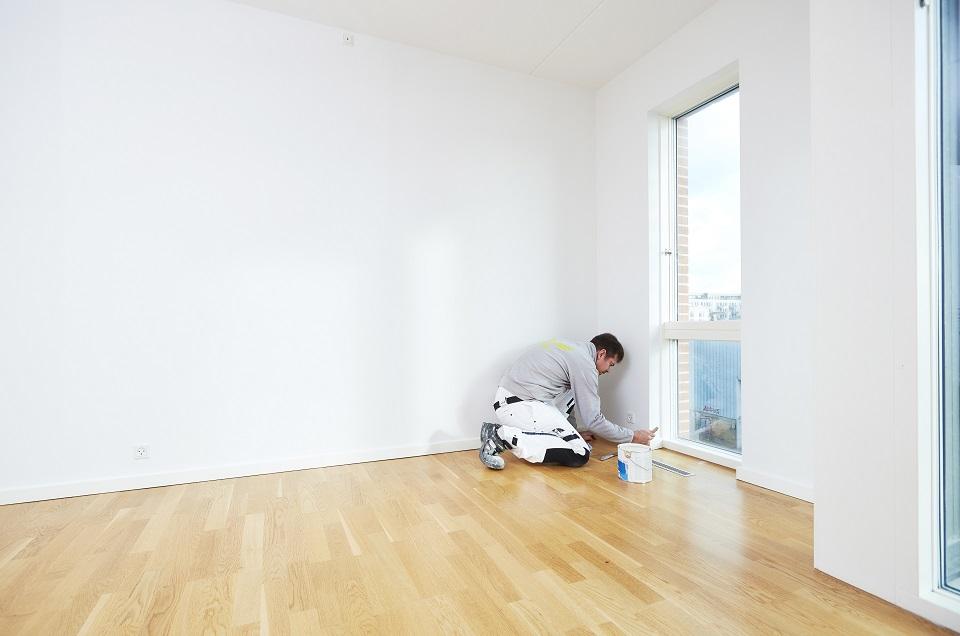 Painting of windows and wood panels - Maler-Teamet din maler i København